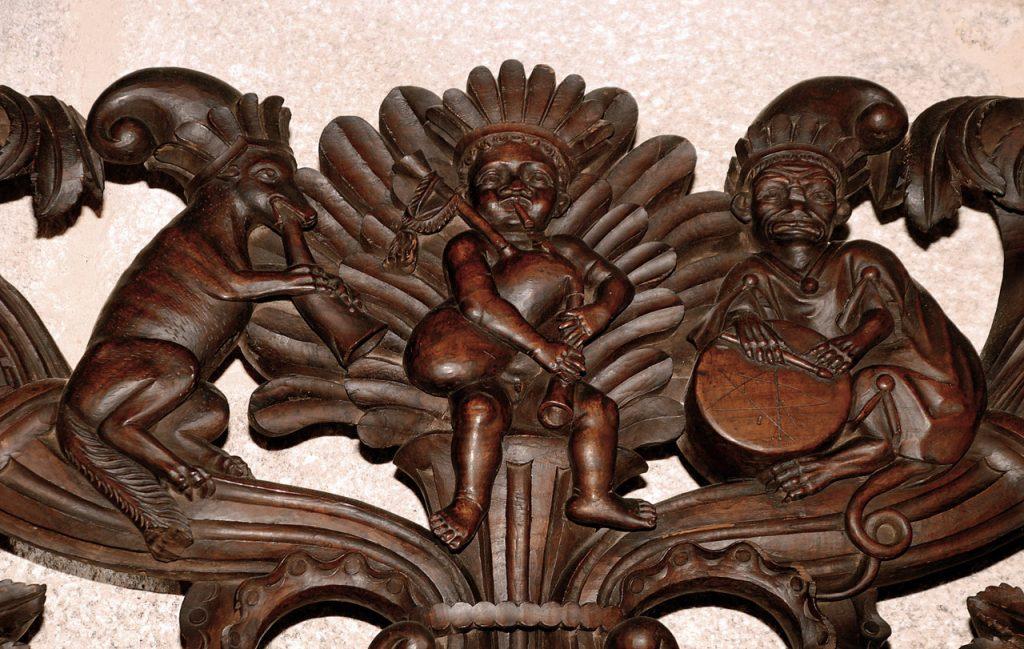 Sillería catedral de Tui gaita tamboril galego tambor gallego