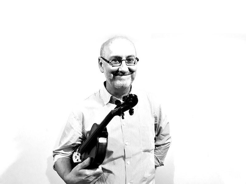 Profesor A Píntega Marela José Climent